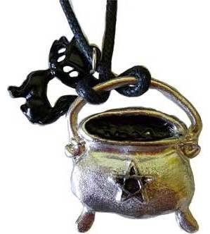 Cauldron & Star w/black cat