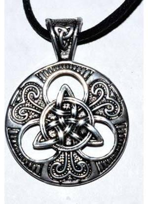 Triquetra amulet
