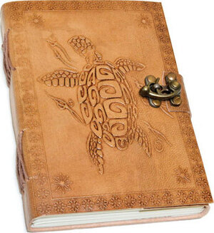 "5"" x 7"" Turtle Embossed leather w/ latch"