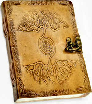 """5"""" x 7"""" Double Tree Embossed leather w/ latch"""