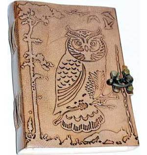 "5"" x 7"" Owl in Jungle leather w/ Latch"