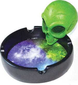 """4"""" Alien Head ashtray"""