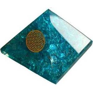 70mm Orgone Blue Topaz & Flower pyramid