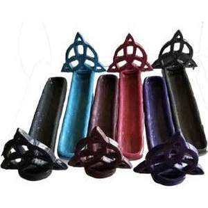 "7 1/2"" resin triquetra ash catcher (assorted colors)"