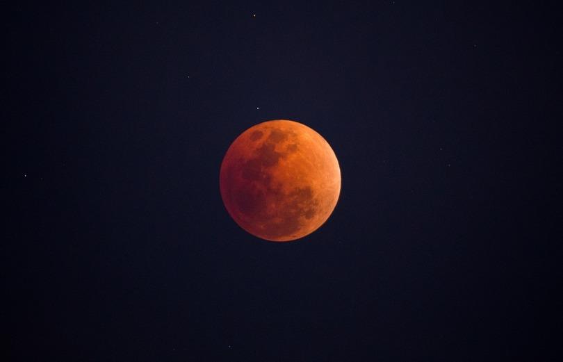 blood moon eclipse magic - photo #10